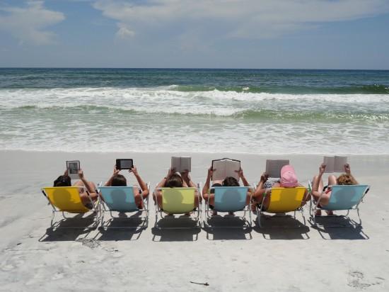 book-club-beach-2-550x412